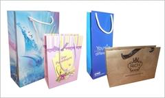 Papirpose med 4 farve allover logo tryk! Vælg mellem 4 størrelser