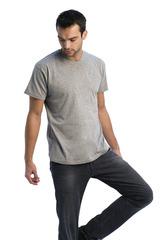 T-shirt med v-hals
