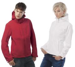 Softshell jakke med aftagelig hætte